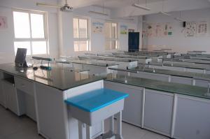 观察生物实验室